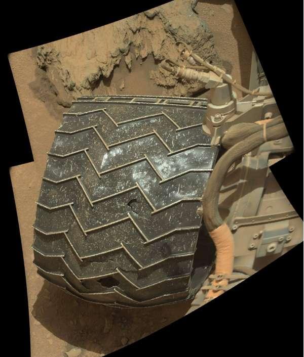 Curiosity sol 743