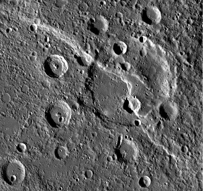 Mercurio - Carnegie Rupes