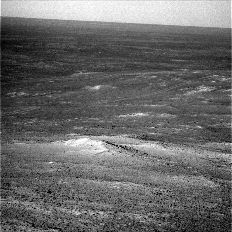Ripresa effettuata dalla PanCam destra con filtro L2 (nel rosso) il Sol 3895