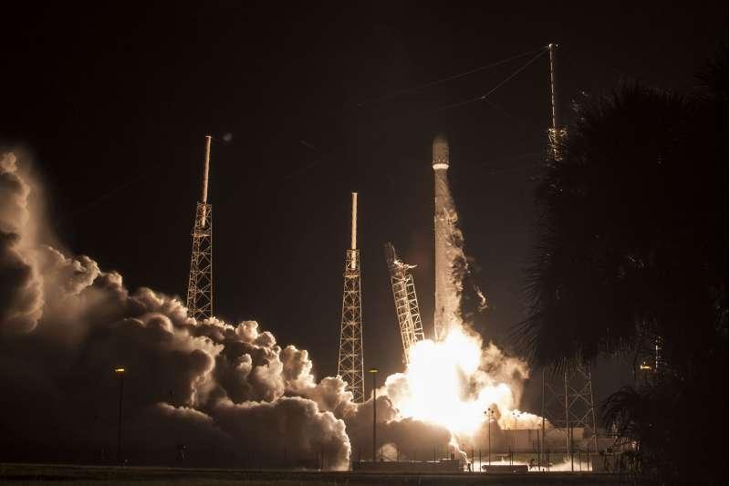 SpaceX: lancio del satellite giapponese JCSAT-16