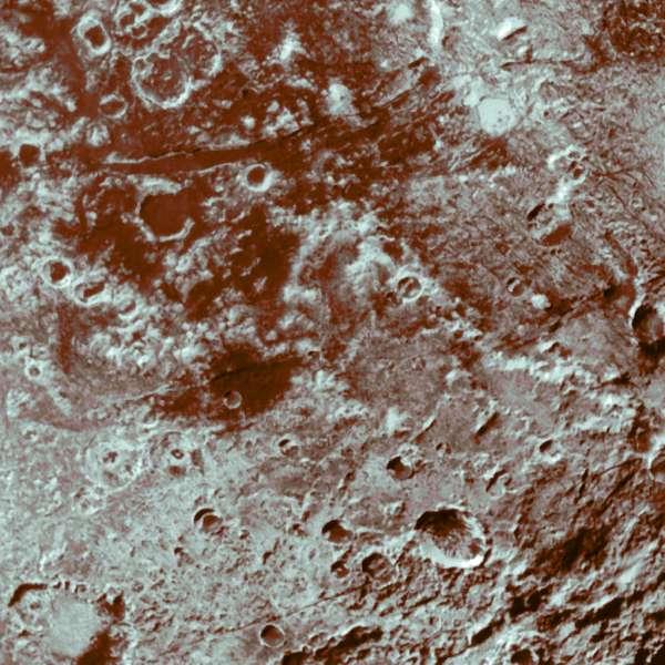 Plutone #PlutoFlyby - dettaglio 77-85 metri per pixel (informazioni colore MVIC)