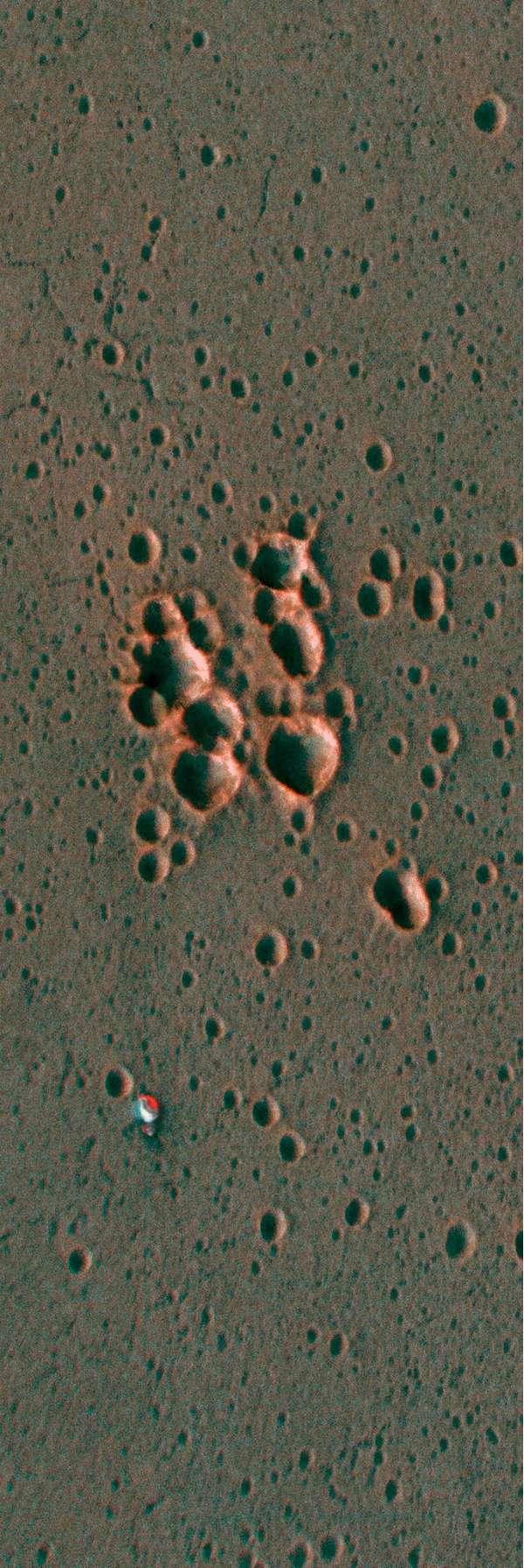 ExoMars Schiaparelli - ESP_048041_1780 ESP_048120_1780 paracadute anaglifo, dettaglio ingrandito