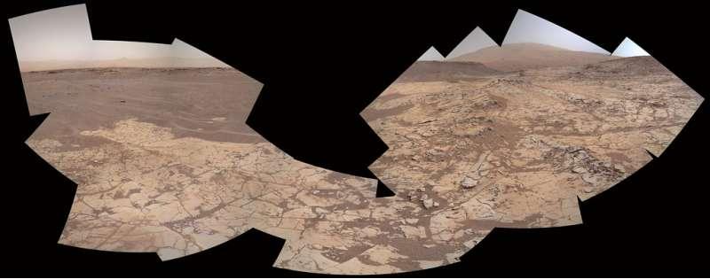Curiosity MAHLI sol 882 - Pahrump Hills