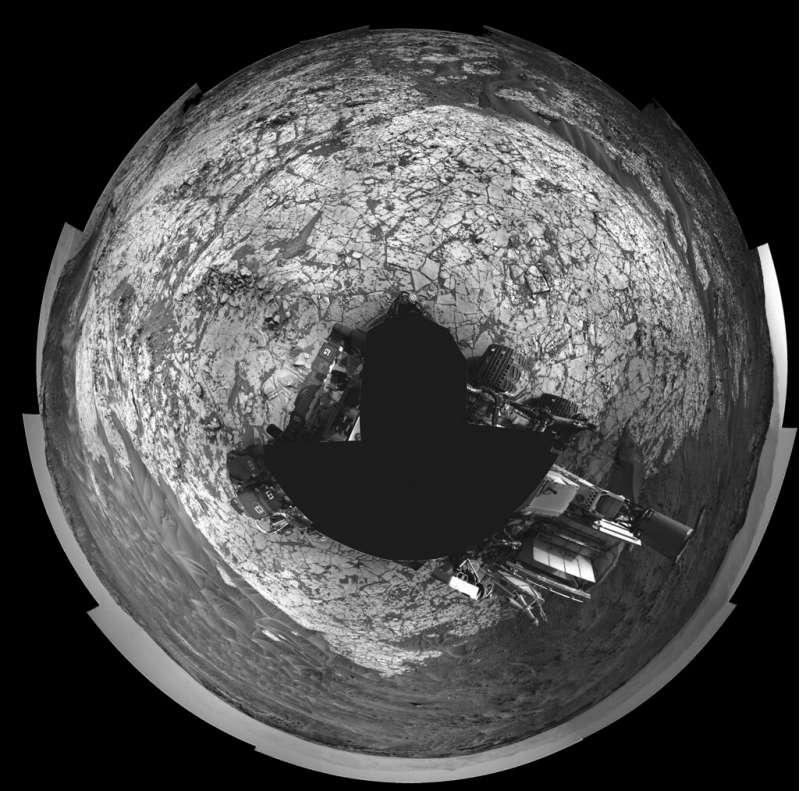 Curiosity NavCam 360 sol 864