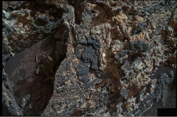 Curiosity MAHLI sol 930