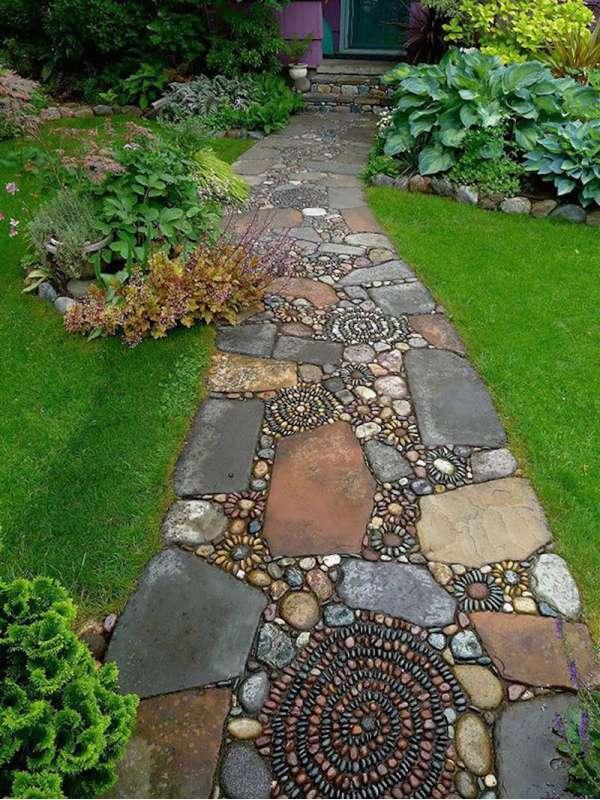 Giardini - sentieri di ghiaia e pietra