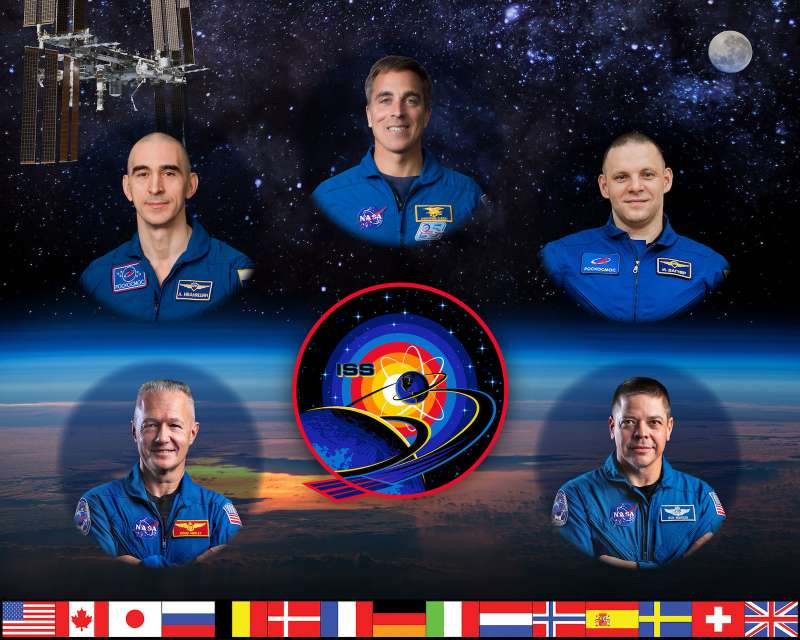 iss exp63 crew complete