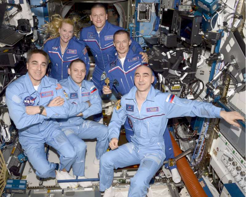 iss exp63 handover commad