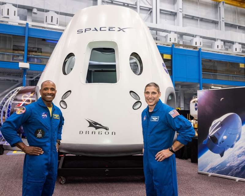 spacex dragon glover hopkins onearth