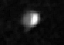 I geyser di Encelado forse ripresi dalla Voyager 1