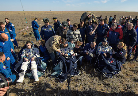 iss exp50 soyuzms02 crew after landing