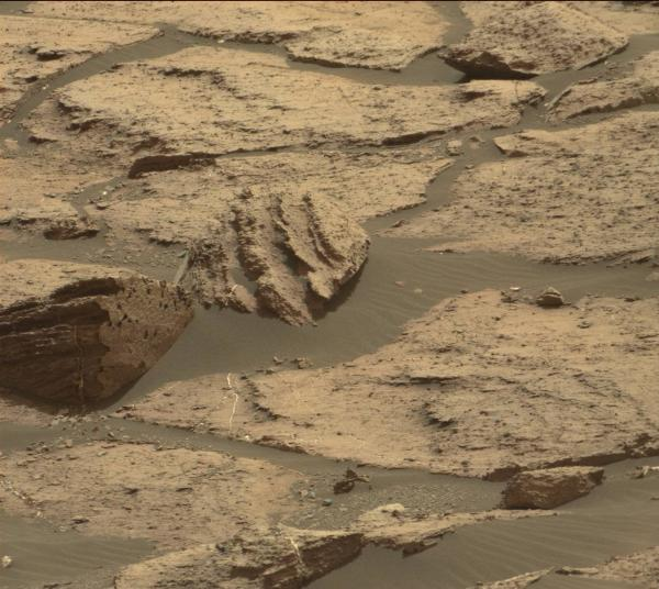 Sol 1500, right Mastcam