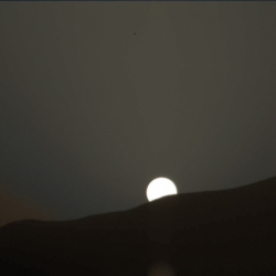 Curiosity Sol 956 sunset 0956MR0042290180502257C00_DXXX de-bayer